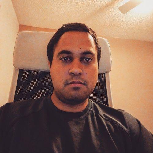 Prateek Tandon headshot